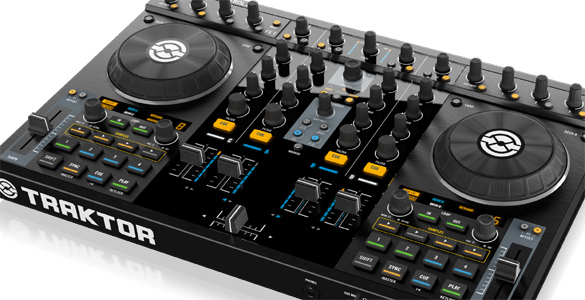 NI Traktor Kontrol S4 – All In One Controller – Update